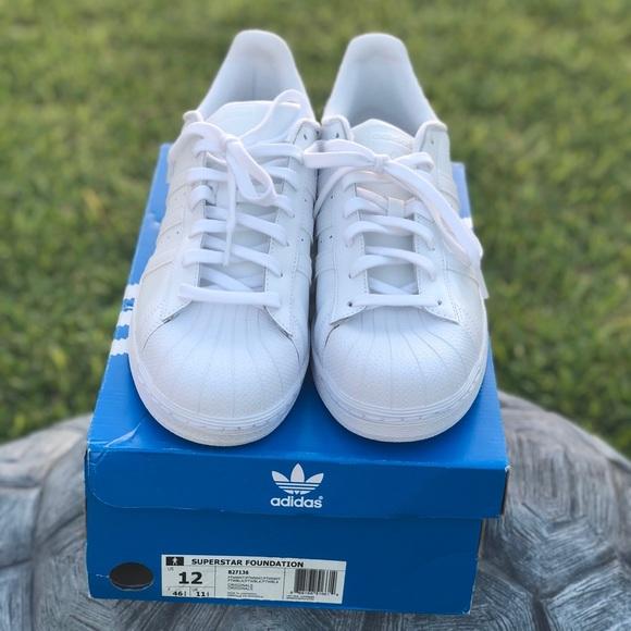 Le adidas limitata timewhite fondazione poshmark superstar